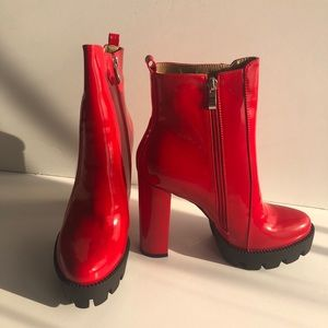 NEW Atlas Red Patent Leather Boots Size 10